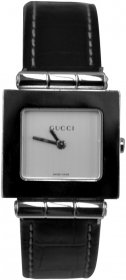 Gucci Black Leather Strap 600J