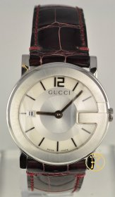 Gucci 101 Stainless Steel Midsize Watch YA101404